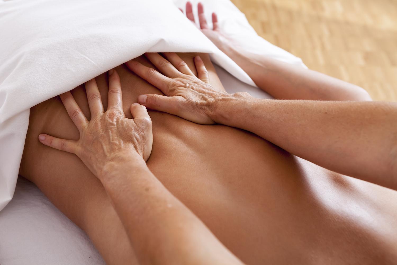 Esalen-Masage-Zuerich-Rueckenmassage